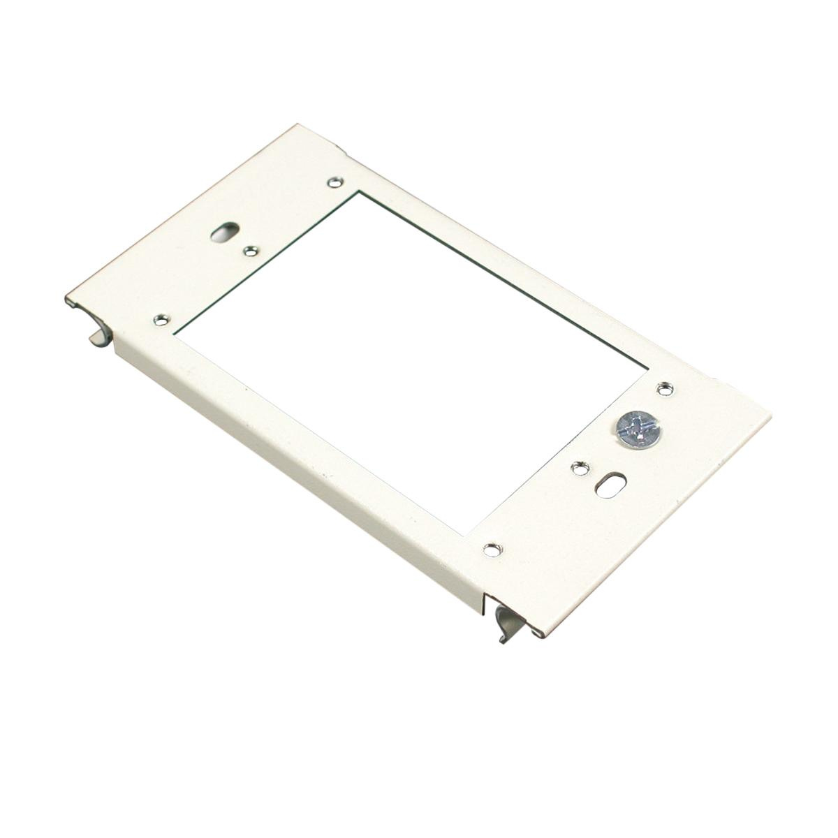 wiremold v6007c-1 1-gang device plate fitting steel ivory for use with  6000® series multiple channel 2-piece steel surface raceway - raceway boxes  & covers