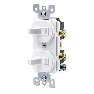 Leviton 5224-2W 120/277 Volt AC 15 Amp (2) 1-Pole Duplex Commercial Traditional Grade AC Combination Switch White
